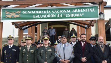 """Doctor Muchnik participó del 33º Aniversario de la creación del Escuadrón 44 """"Ushuaia"""""""