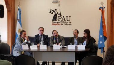 """Presentan el libro """"La Justicia Administrativa en Tierra del Fuego"""""""