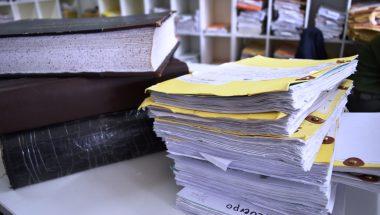 Continúan con las tareas de destrucción de la documentación del Área de la Administración