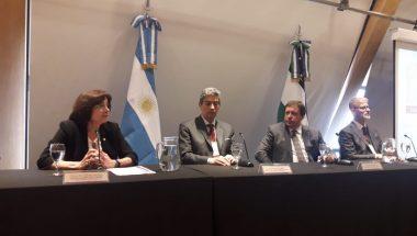 """Battaini abrió el """"Primer Congreso Patagónico de Constitución y Derechos Humanos"""""""
