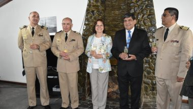 La Doctora Battaini participó de la ceremonia del cambio de autoridades de la Prefectura de Ushuaia