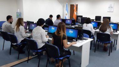 Realizan en Tolhuin el examen de suficiencia para el registro de aspirantes a ingresar al Poder Judicial