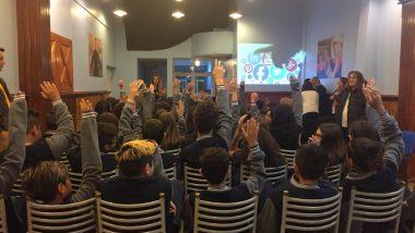 El Programa Acercándonos a la Comunidad dictó talleres en colegios de Ushuaia