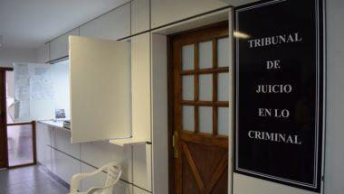 Un hombre y una mujer enfrentan juicio oral acusados de delitos contra la integridad sexual de una adolescente