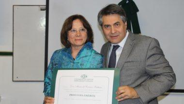 La UCES reconoció a la Doctora Battaini como Profesora Emérita