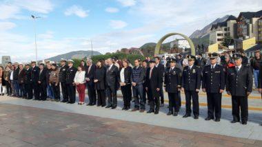 El embajador peruano rindió homenaje a los Combatientes de Malvinas
