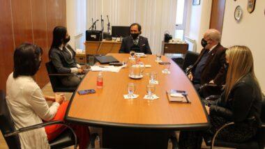 El Superior Tribunal de Justicia y el Colegio Público de Abogados de Ushuaia comenzaron a trabajar en una agenda de temas