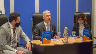 El juez Adrián Ernesto Löffler presentó un nuevo libro de su autoría
